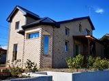 panorama brick house
