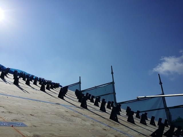 屋根ブラケット