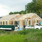 屋根ブラケット取り付け完了(中庭と土間の有る平屋)
