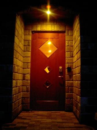 オーダー制作の玄関ドア