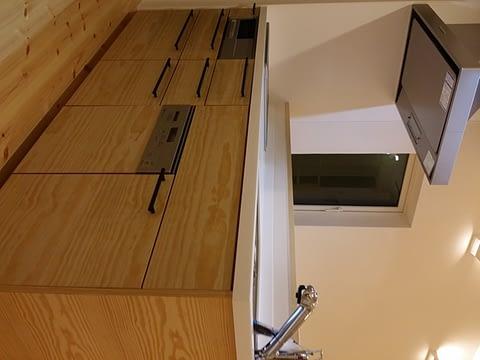 木製のオーダーキッチン。